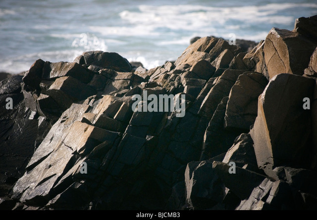 rocks love on the rocks relationship relationships marriage divorce councilor counseling breakdown br - Stock Image