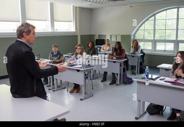 THE REWRITE  2014 Castle Rock Entertainment film with Hugh Grant - Stock-Bilder