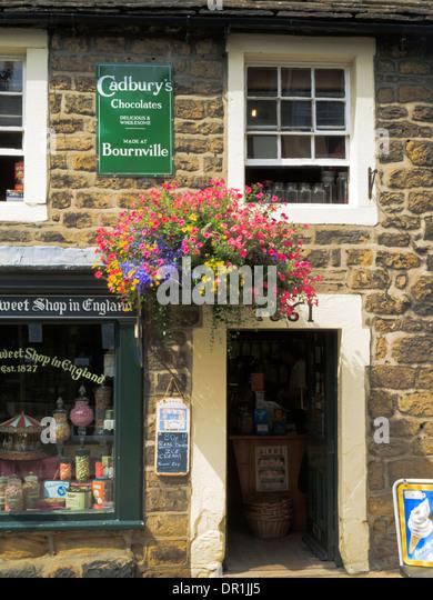 The Oldest Sweet shop in England Pateley Bridge Nidderdale North Yorkshire England - Stock-Bilder