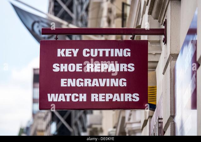 Bromsgrove High Street Shoe Shops