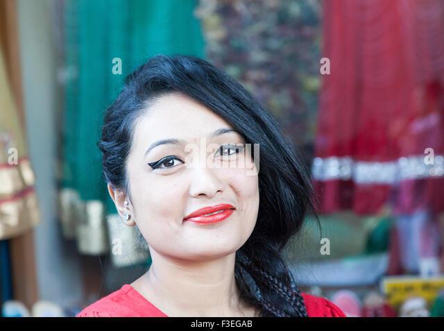 Portrait of a beautiful Newari girl from Nepal - Stock-Bilder