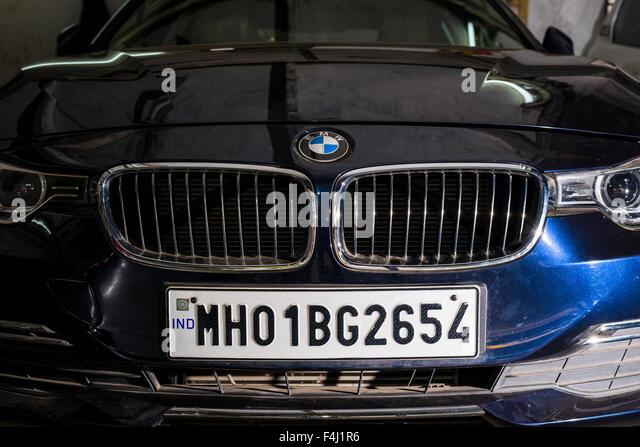 Maintain Car Stock Photos Amp Maintain Car Stock Images Alamy