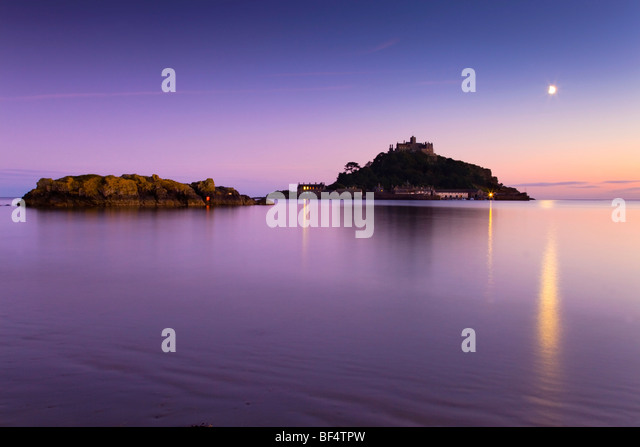 St Michael's Mount at sunset; Marazion; Cornwall - Stock Image
