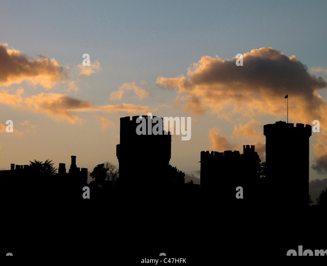 Warwick Castle at sunset, Warwick, Warwickshire, England - Stock Image