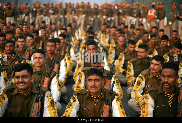 Delhi, India. 06th Jan, 2017. CISF Guards arrive during the rehearsals for the Republic Day parade during the early - Stock Image