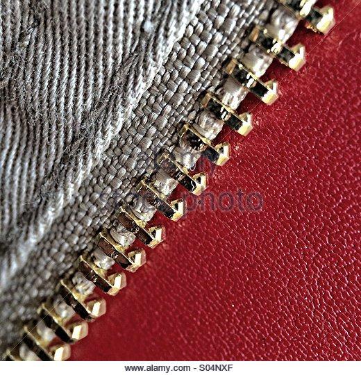 Zip on Red Leather - Stock-Bilder