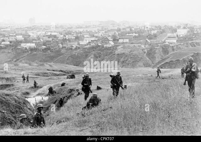 German soldiers attack Stalingrad, 1942 - Stock Image