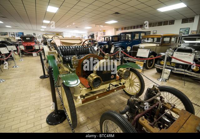 Horseless carriage automobile stock photos horseless for Motor inn ocala fl