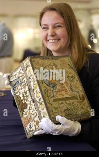 Samantha Lilley Bonhams auction house - Stock Image