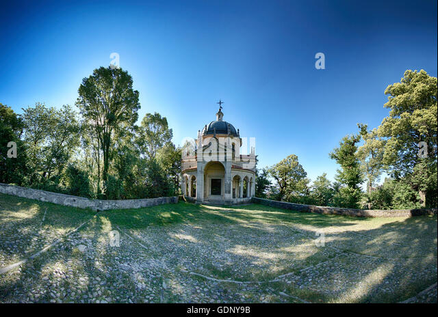 fifth Chapel on the sacred way of the Sacred Mount of Varese in a limpid summer morning, Lombardy - Italy - Stock Image