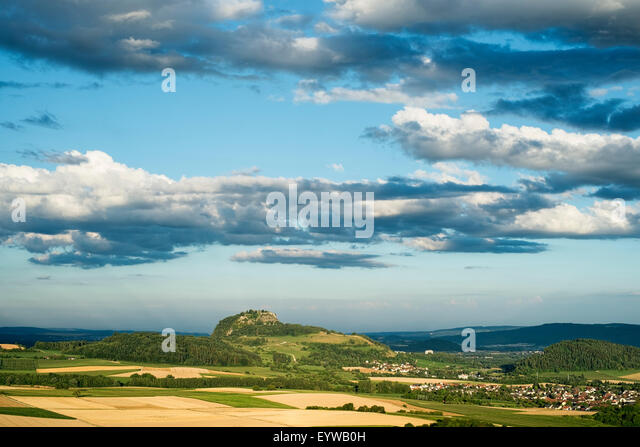 Moody lighting in the Hegau, Hohentwiel in the distance, district of Konstanz, Baden-Württemberg, Germany - Stock Image