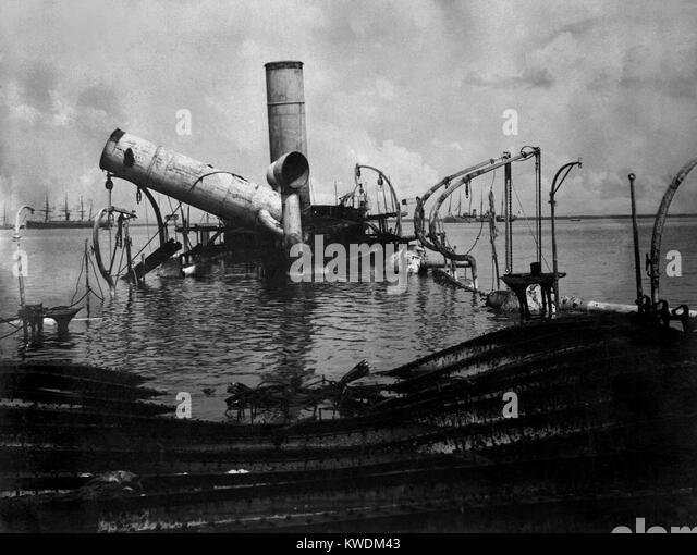 Wreck of Reina Christina, the Spanish flagship, after Battle of Manila Bay, May 1, 1898 (BSLOC_2017_10_64) - Stock Image