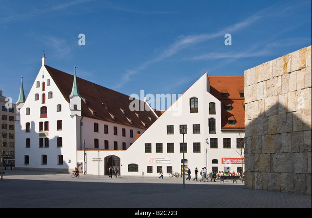 Muenchner Stadtmuseum, Munich City Museum, St. Jakobsplatz Square, Munich, Bavaria, Germany, Europe - Stock Image