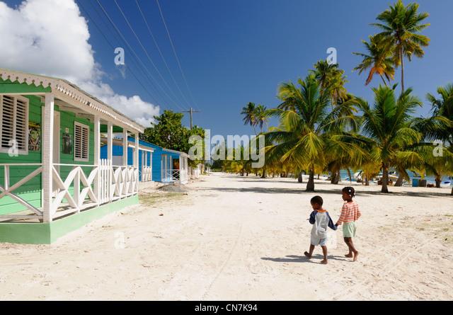 Dominican Republic, Samana peninsula, Del Este National Park, Saona Island, Dominican children and fishermen's - Stock Image