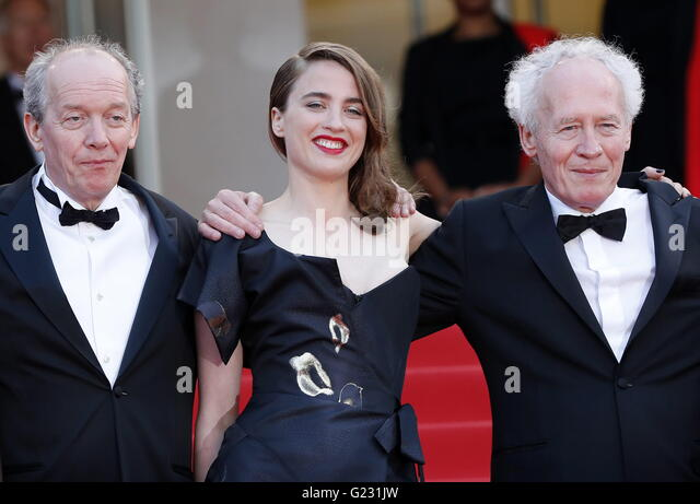 Cannes, France. 18th May, 2016. epa05315107 (L-R) Belgian director Luc Dardenne, French actress Adele Haenel and - Stock Image