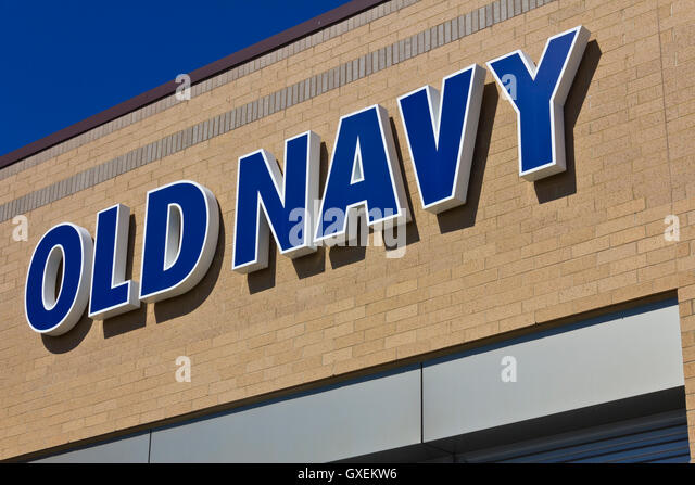 Indianapolis - Circa June 2016: Old Navy Retail Mall Location. Old Navy is a Division of Gap Inc. I - Stock Image