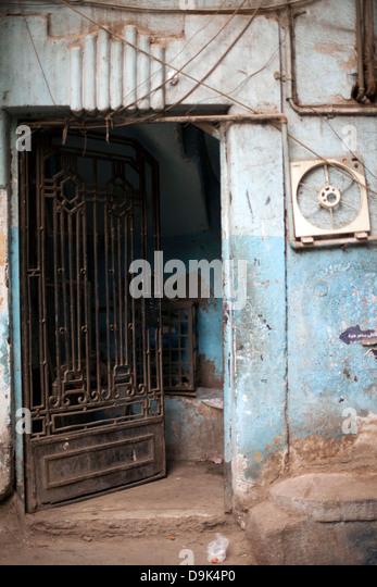 A doorway in Islamic Cairo, Cairo, Egypt - Stock Image