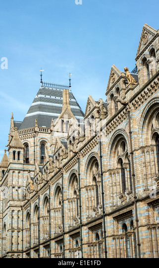Exterior of the Natural History Museum in South Kensington, London, England, UK - Stock Image