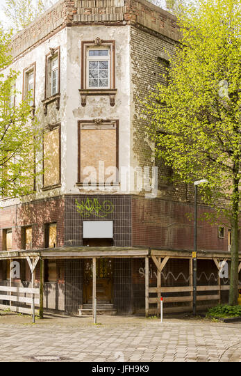 Old decayed pub - Stock Image