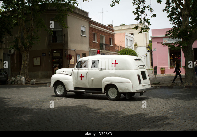 Ambulance Old Stock Photos Amp Ambulance Old Stock Images