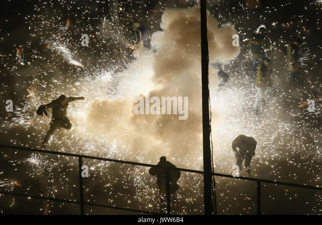 lche, Valencian Community, Spain. 13th Aug, 2017. A view of the fireworks during the 'Nit de l'Aalba' - Stock Image