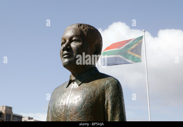 Nelson Mandela bronze statue, Cape Town, South Africa - Stock Image
