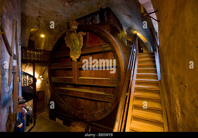 Germany heidelberg heidelberg castle wine stock photos for Berlin antique mall dealer reports