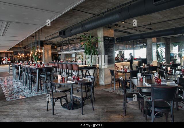 Italian Restaurants Near River City Marketplace