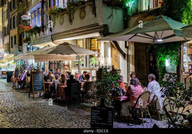 Restaurants streets terraces stock photos restaurants for Terrace 33 menu