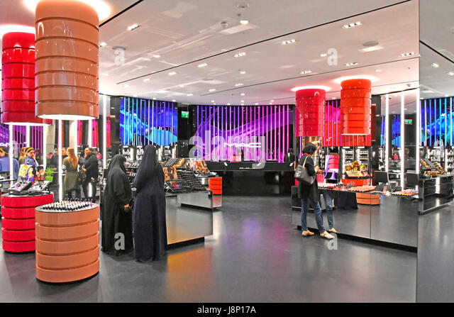 Retail store MAC, abbreviation 'Make-up Art Cosmetics' a cosmetics company part of Estée Lauder, shop - Stock Image