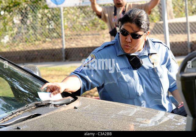 puts a parking ticket on Alyson Hannigan's car. Los Angeles ...