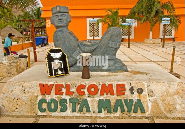 Puerto Costa Maya port shopping mall chac mool statue - Stock Image