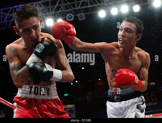 Waterfront Hotel,Cebu City,Philippines 27/02/2016.Pinoy Pride 35 'Stars of The Future' boxing event.Filipino - Stock-Bilder