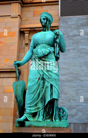 hubris myths Can anyone give me some good examples of hubris in mythology all i can really think of is arachne and athena any help is appreciated thanks.