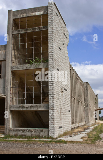 Abandoned building of the Syrian headquarters - Stock Image