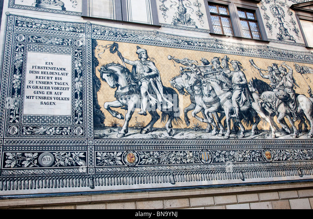 Fürstenzug (Procession of the dukes), the largest porcelain frieze in the world, Dresden, Germany. - Stock Image