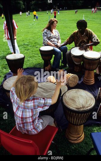 Learn to play bongos free