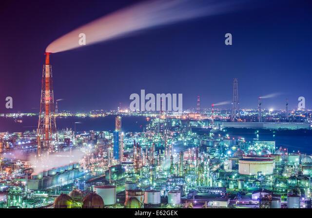 Oil refinerie of Yokkaichi, Japan. - Stock Image