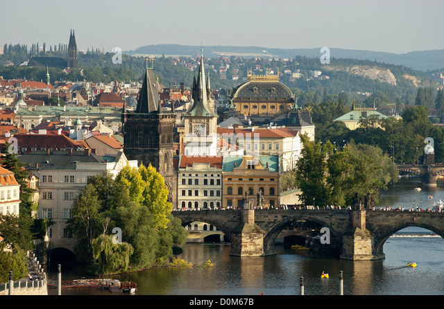 Elk188-1616 Czech Republic, Prague, Vltava River with bridge - Stock Image