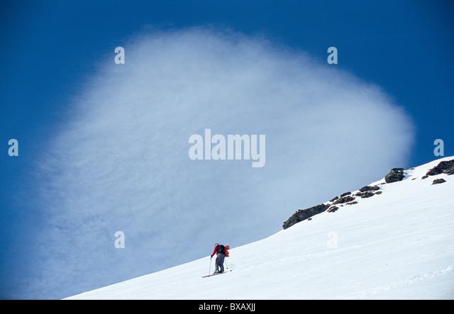 Tourist skiing - Stock Image