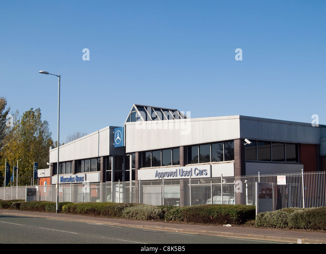 Ashton road stock photos ashton road stock images alamy for Mercedes benz dealers manchester