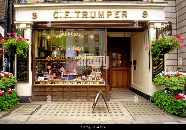 ... George Trumper, the Victorian-era barber shop in London. - Stock Image