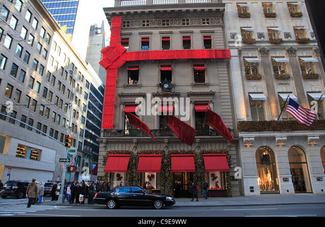 5th avenue new york shopping holiday stock photos 5th for Jewelry stores in usa