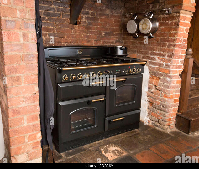 Old Fashioned Kitchen Hob ~ Old cooker stock photos images alamy