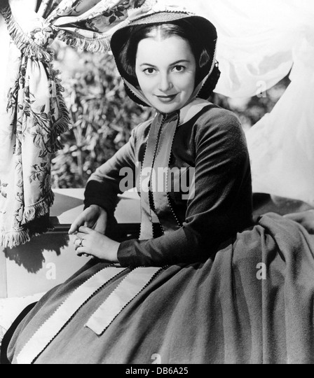 a film analysis of gone with the wind directed by victor fleming george cukor and sam wood Gone with the wind is a 1939 american epic historical romance film adapted from margaret mitchell's pulitzer-winning 1936 novel and produced by david o selznick, of.