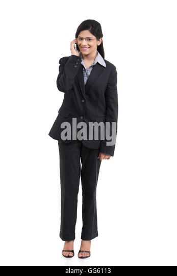 Portrait of businesswoman talking on a mobile phone - Stock-Bilder
