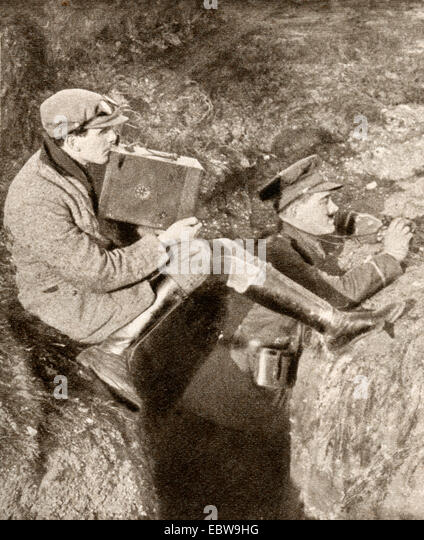 Geoffrey Malins, 1886-1940, cinematographer, seen here in the fighting line during World War One. - Stock Image