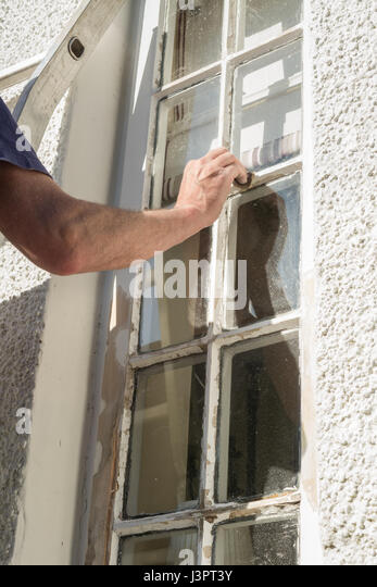 Painting house exterior stock photos painting house exterior stock images alamy - Painting preparation exterior photos ...