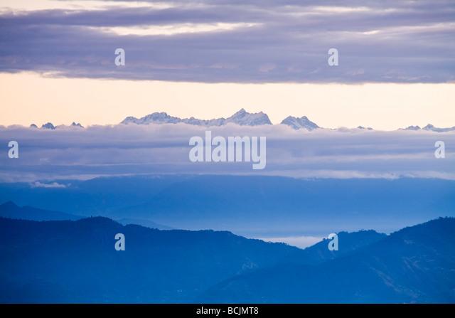 India, West Bengal, Darjeeling, Observation Hill, Bhanu Bhakta Sarini, View of Kanchenjunga,  Kangchendzonga - Stock-Bilder