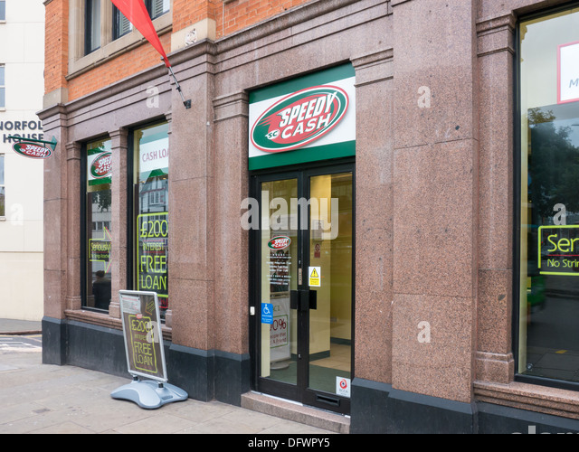 Speedy Cash payday loan and cheque cashing shop in Nottingham, United Kingdom. - Stock Image